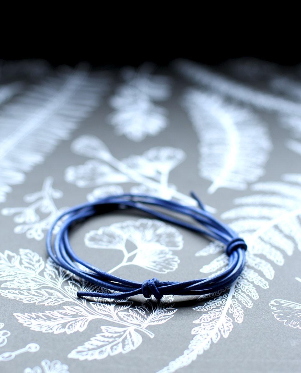 Lederband hellblau von vorne