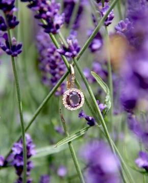 rose Ohrringe lila Victoria im Lavendel