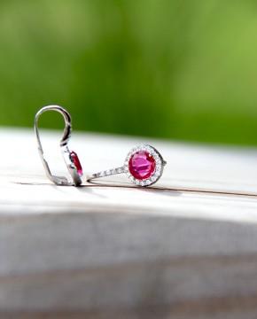Ohrringe Victoria silber pink einer liegend