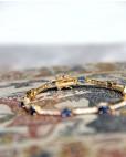 Armband Jane gelbgold saphir blau weiß Verschluss