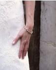 """Goldenes Armband blau Madeleine mit Brautkleid """"Etwas Blaues für die Braut"""""""
